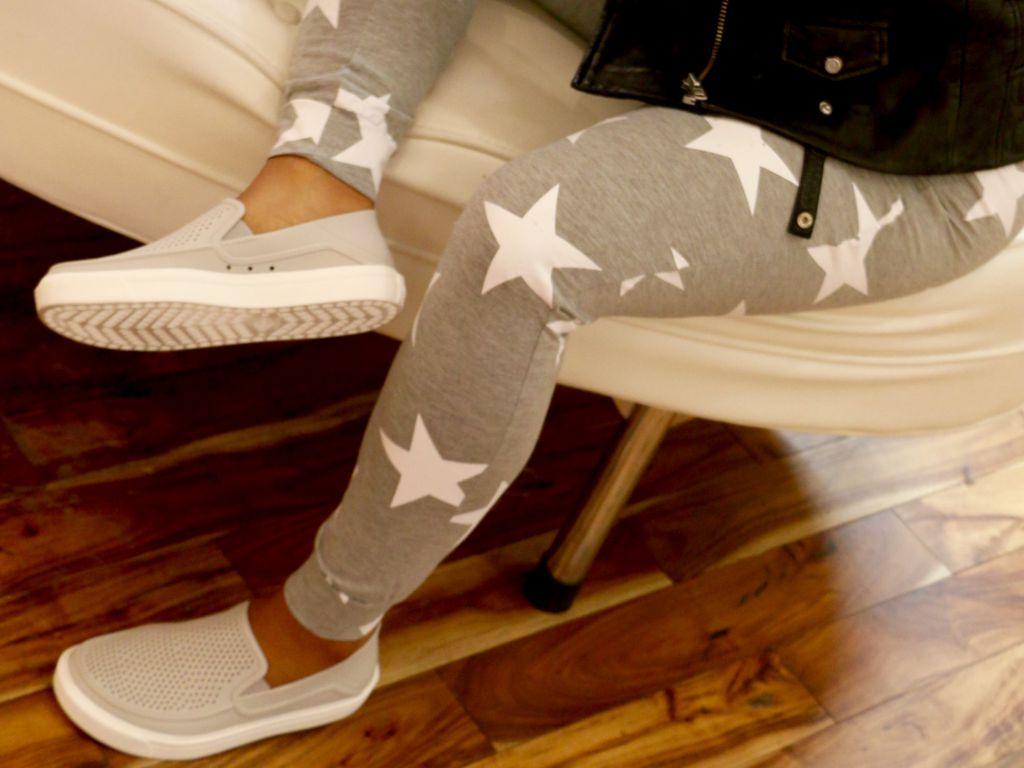 crocs slide in tennis shoes