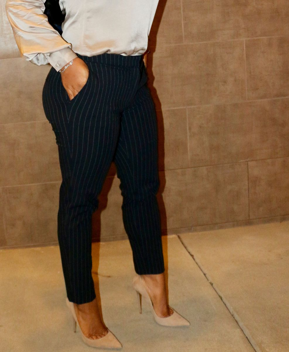 H&M Slacks and blouse fashion blogger