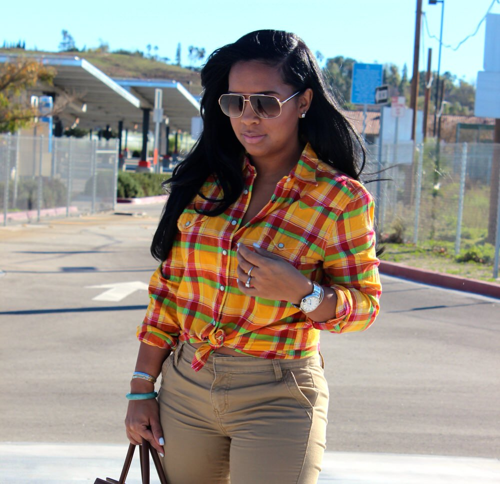 Khaki Pants Women - Major Must Haves