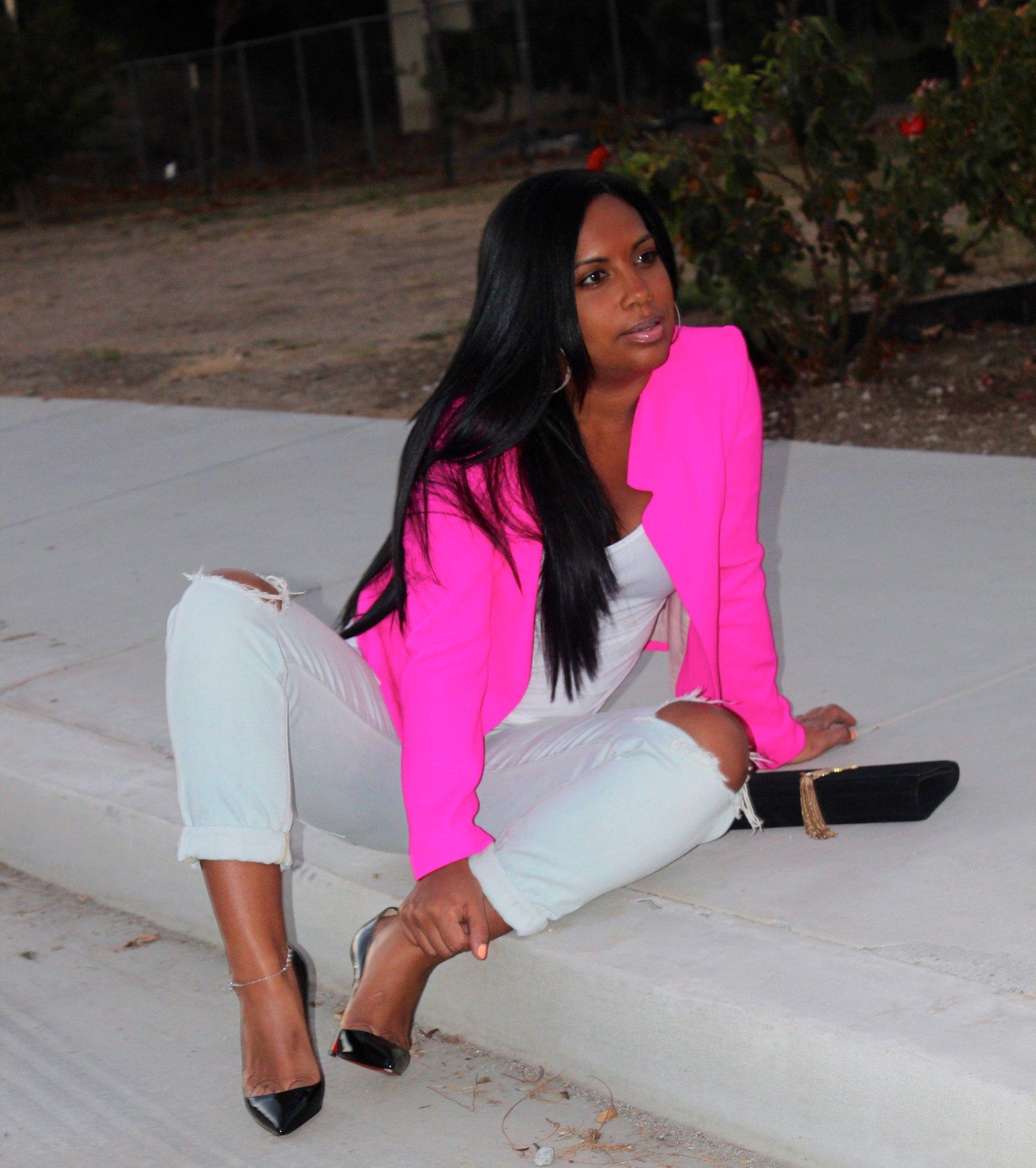 Fashion Blogs For Women Hot Pink Blazer