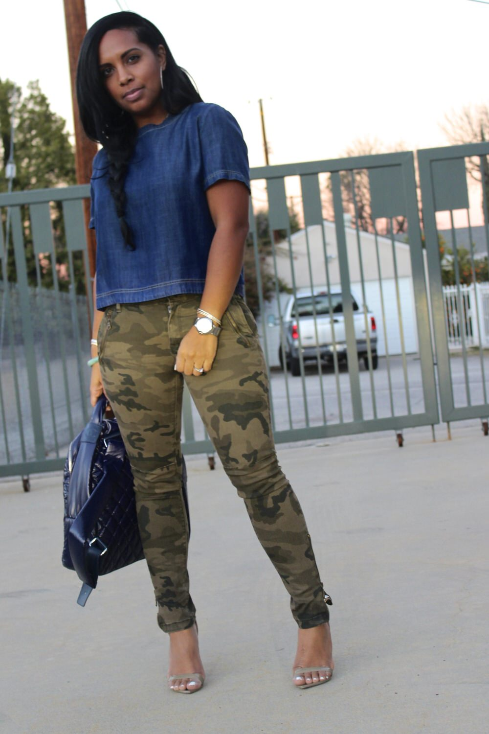 Denim top with camouflage pants major must haves for Green camo shirt outfit
