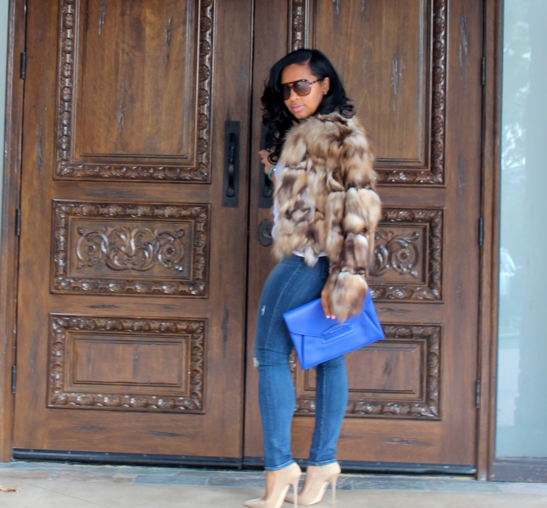 black women fashion fur coat
